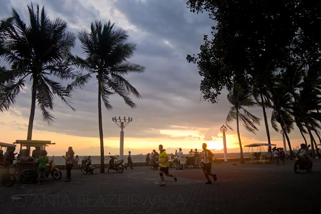 Filipiny, Manila. Zachód słońca nad Manila Bay