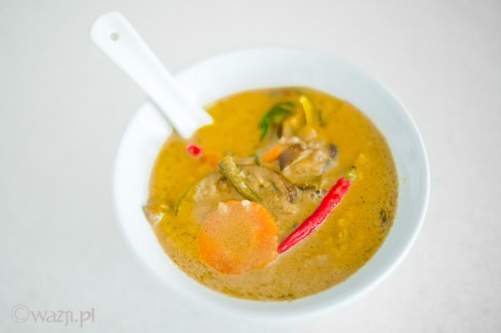 Warzywne Zielone Curry (kaeng khiaw wan)