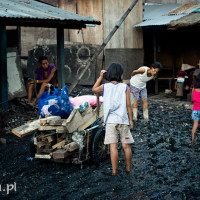 Philippines_Manila_Ulingan_Charcoal_Factory, DSC_1345