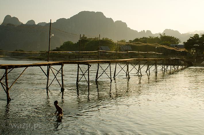 Vang Vieng, czyli mało Laosu w Laosie