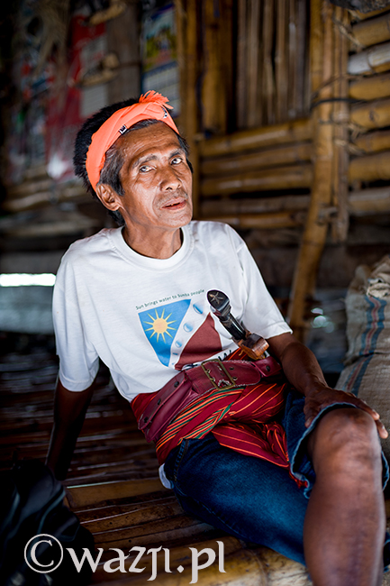 20. Indonezja, Sumba. Temu mężczyźnie z sumbańskiej wioski zrobiłam kilka zdjęć. Na większości jest uśmiechnięty i pogodny, ale lubię właśnie to. (listopad 2014)