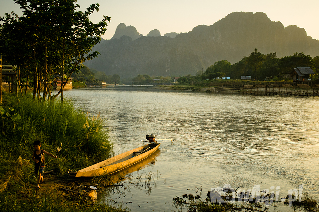 Rzeka Song w Vang Vieng.