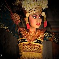 Bali 2008. Tancerka podczas jednego z przedstawień w Ubud.