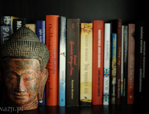 wAzji poleca: 10 azjatyckich książek, które warto przeczytać