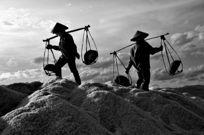 Salt labours dance, fot. fot. Mai Lộc
