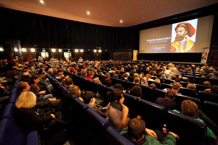 Slajdy In Mundo w kinie