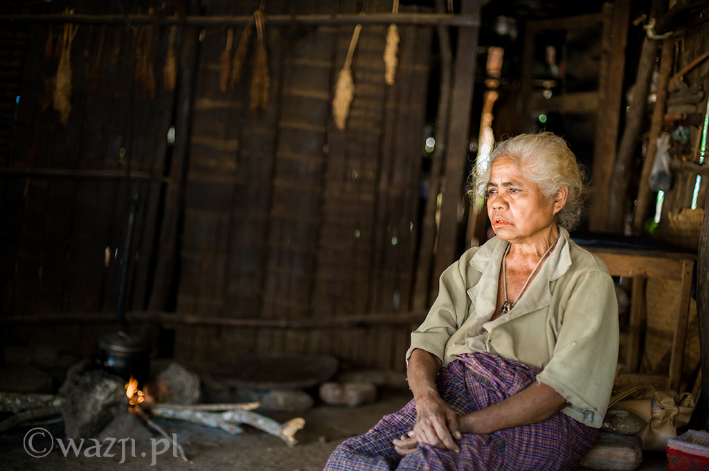 17. Indonezja, Timor Zachodni. Helena, diaboliczna położna z Nome. (listopad 2014)