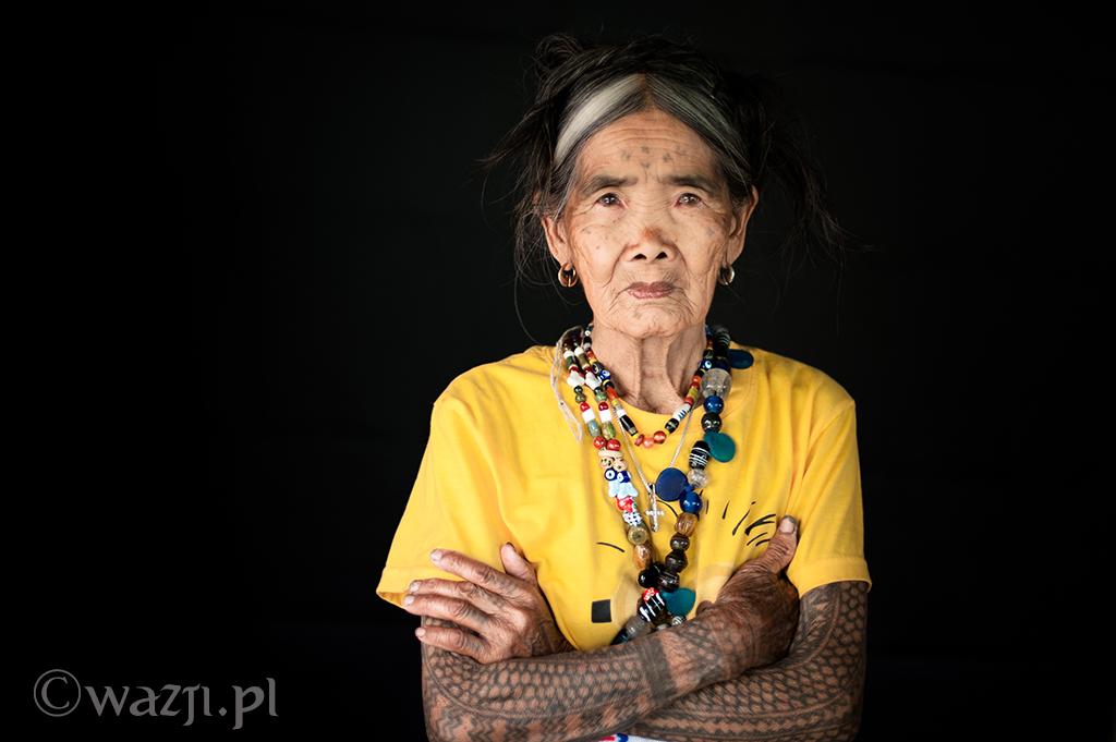 4. Filipiny, Kalinga. Fang-od, słynna tatuażystka i moja ulubiona modelka. Tym razem na poważnie. (kwiecień 2014)