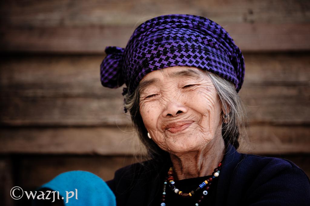 20. Filipiny, Kalinga. Luty 2013. Uśmiech Fang-od, utalentowanej tatuażystki z wioski Buscalan.