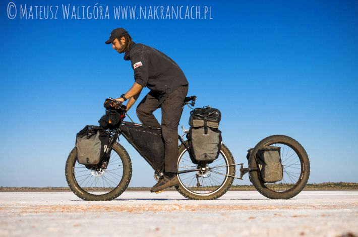 Walkabout. Rowerem przez Canning Stock Route – Australia, fot. Mateusz Waligóra