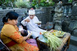 Pierwsze 42 dni. Balijskie rytuały przejścia.