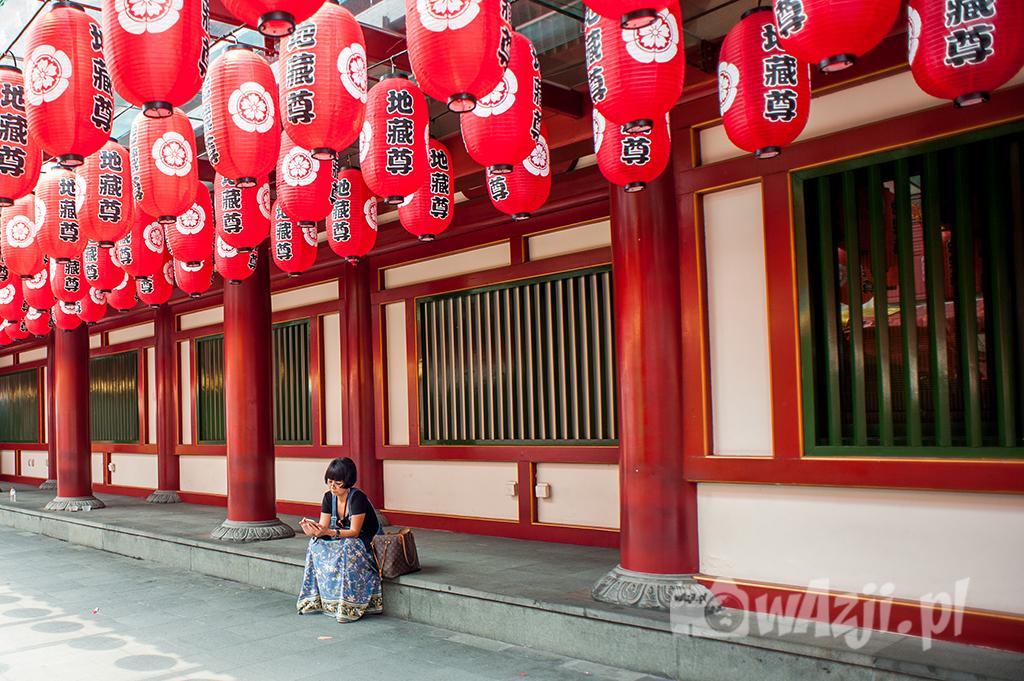 Singapur, Chinatown. Nadzwyczaj spokojne popołudnie w Świątyni Zęba. (wrzesień 2015)