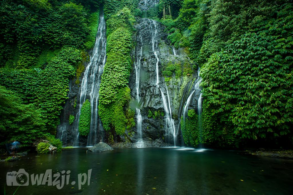 Wodospad Banyumala w okolcy Munduk