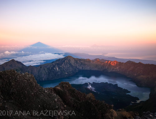 Gunung Rinjani (3726 m n.p.m): najpiękniejszy wulkan Indonezji