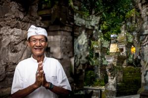 Balijczycy: Ketut - balijski kapłan